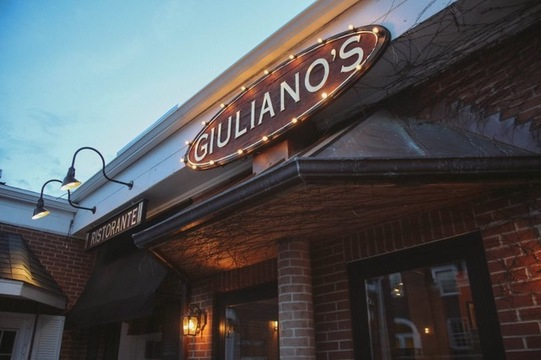 8. Giuliano's Pizza