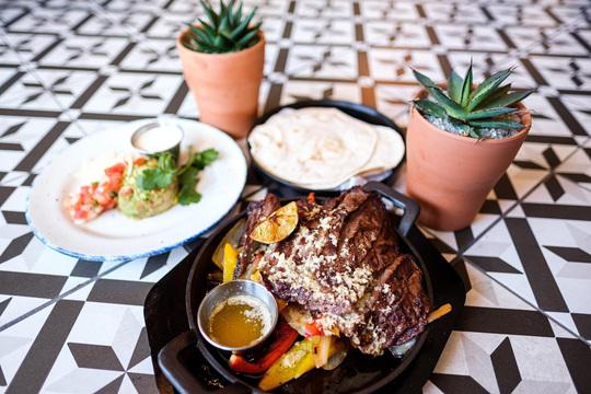 Primo's MX Kitchen - Downtown