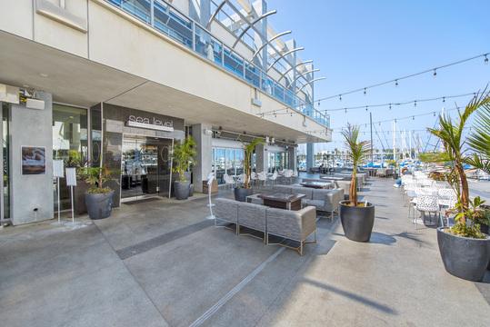Sea Level Restaurant & Lounge
