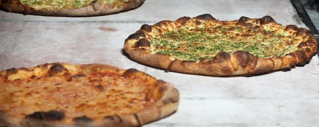 Stretch Pizza
