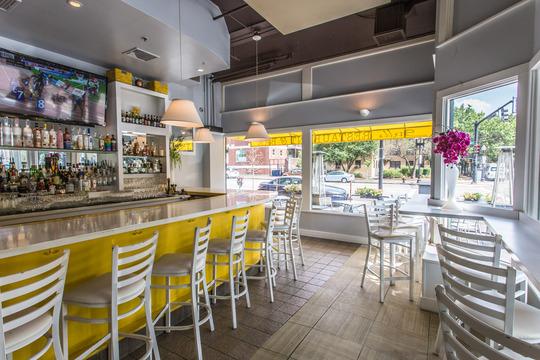 Stella Restaurant & Bar